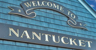 Welcome to Nantucket sign